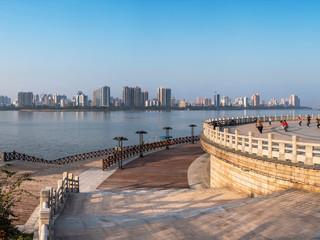 <清远汽车1日游>龙腾峡、山水泳池、深圳出发