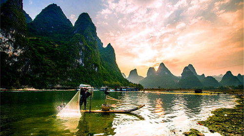 桂林漓江-遇龙河-观山水画廊双飞4日游>徒步漓江山水