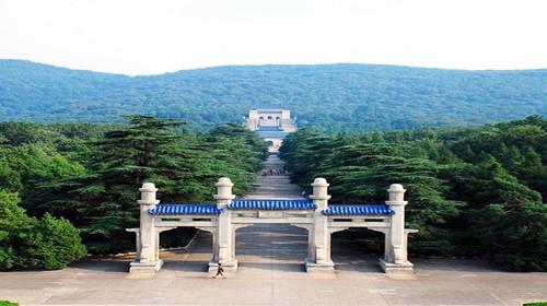 杭州西湖-西溪湿地-南京中山陵2日游>上海参团