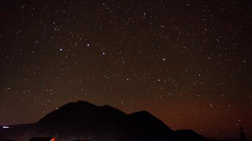 天山天池-喀纳斯-禾木-赛湖-那拉提-巴音布鲁克-库木塔格沙漠-吐鲁番双飞12日游