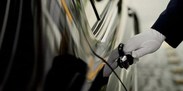 【中文司机-专车接送】<西雅图市区-西雅图塔克马国家机场往返单程接送机服务>