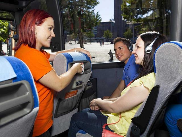 <芬兰 赫尔辛基 105分钟全景城市观光巴士 无停车一站式观光>(中文语音导览可选)