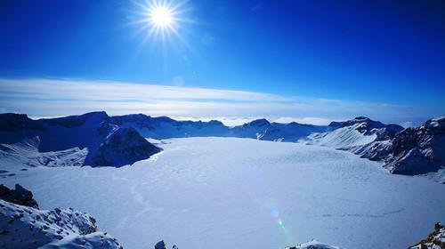 哈尔滨-雪乡穿越-冰瀑镜泊湖-大美长白山-雾凇岛双飞