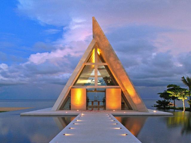 blue heaven蓝色天堂下午茶 无边泳池 玻璃婚礼教堂】,这里拥有巴厘岛
