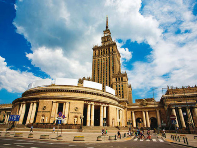 华沙的人均绿地面积_浴血华沙