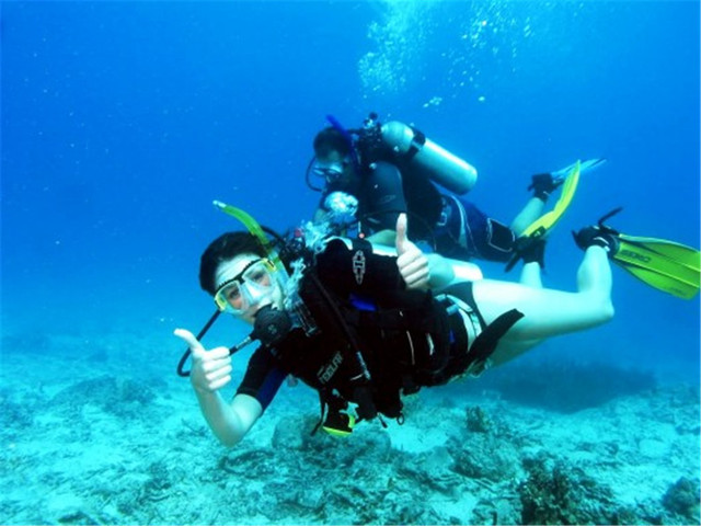 <菲律宾长滩岛气瓶潜水/体验深潜游>缤纷海底世界