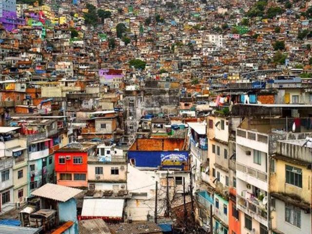 <里约热内卢:贫民窟徒步之旅>