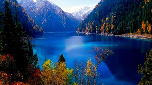 新疆乌鲁木齐-吐鲁番-天山