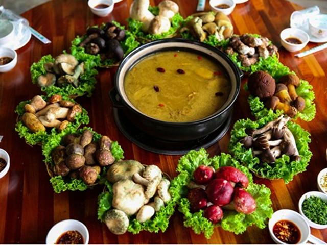 云南小吃最出名的_云南小吃最出名的有哪些