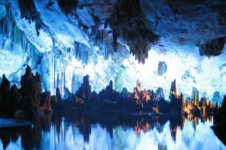 <本溪水洞大巴1日游>含水洞、旱洞、硅化木公园、地质博物馆、棉衣、游船、电瓶车