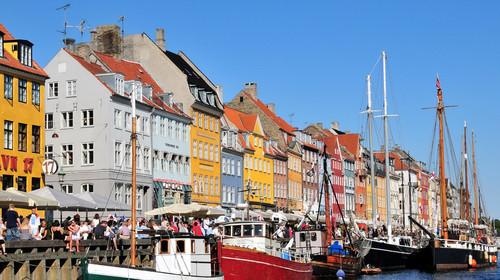 <俄罗斯-芬兰-瑞典-挪威-丹麦13日游>国航直飞,免费申请联运,可异地录指纹,拒签全退,舒适双游轮,秀丽双峡湾,马尔默厄勒海峡大桥,皇后岛