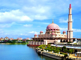 <新加坡-马来西亚4晚5日游>中山联运 国泰航班 新进马出省去6小时车程 黄金海岸德胜港海边自由活动半天 全程升级酒店