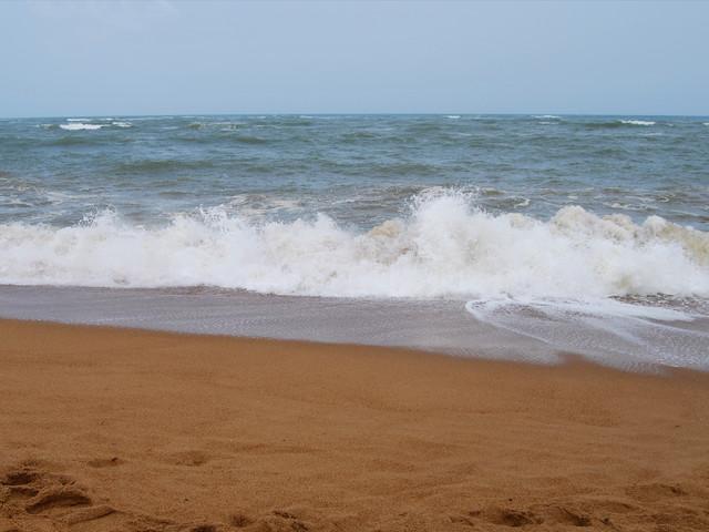 日照2日游>金沙滩,李家台赶海,环桃花岛出海捕鱼,奇趣海洋世界,灯塔