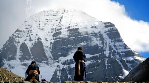 西藏拉萨-日喀则-阿里-神山圣湖-古格王朝三飞13日游