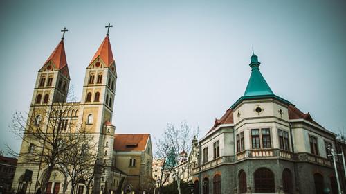 青岛天主教堂的#旅图换旅费#
