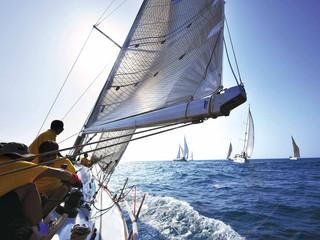 <厦门-鼓浪屿-帆船出海动车3日游>市区快捷酒店,住宿可升级,激情帆船出海体验
