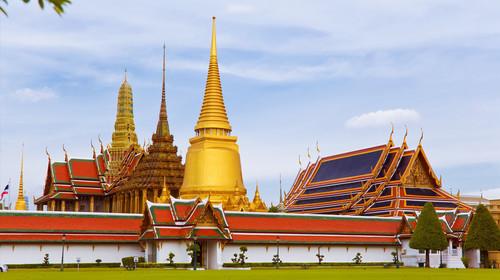 <泰国曼谷-芭提雅5晚6日或4晚5日游>6人成团,全程无自费,曼谷1天自由活动,优质酒店,畅游蜜月岛、摩天轮夜市,大型客机