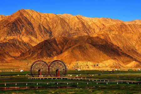 <喀什帕米尔高原塔什库尔干县2日游>布伦口沙湖、卡拉库里湖、喀什石头城一价全含