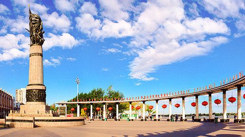 防洪纪念塔-呼伦贝尔大草原 阿尔山国家森林公园 满洲里 呼伦湖双飞双图片