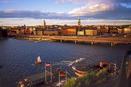 [圣诞]<芬兰-丹麦-瑞典-挪威10-11日游>升级自费大礼包,海盗船沉船博物馆,游船,水晶宫,波尔沃,塔林,B行程吉祥航空