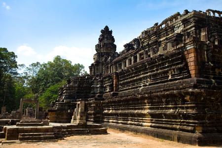 [国庆]<越南-柬埔寨7或8日游>无自费/无购物、一次走完越南柬埔寨、红酒/烤乳猪、大小吴哥、巴肯山、迷情西贡、古墓丽影拍摄地、感受南洋风情