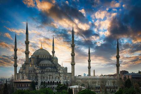 <土耳其+希腊16日游>土耳其全景/希腊圣托里尼,雅典/一次游览度假胜地爱琴海,地中海,横跨?#36153;?#22823;陆的风景线/土耳其航空