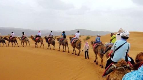 新疆喀什达瓦昆沙漠游览