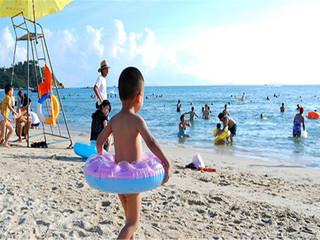 <惠州惠东-双月湾十里长沙滩2日游>观双月湾全景,沙滩露营、出海捕鱼、烧烤BBQ、看日出