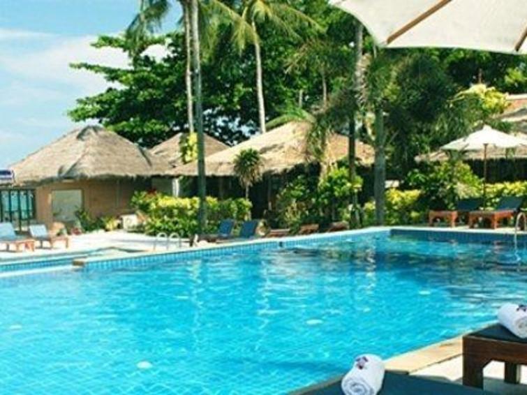 苏梅岛查汶湾海滩度假村距离苏梅岛国际机场有约有20分钟车程,距离