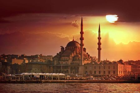 <土耳其5晚6日蓝色之旅半自助游>2人成团,全程接送服务,当地人一样旅游,升级洞穴酒店,免费升级棉花堡5星级酒店,伊斯坦布尔中文导游