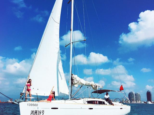 <海南-三亚半自助双飞5日游>轻户外亲子,连住红树林度假世界等酒店,可选亲子套房,小小航海家,体验帆船出海,美味海鲜自助