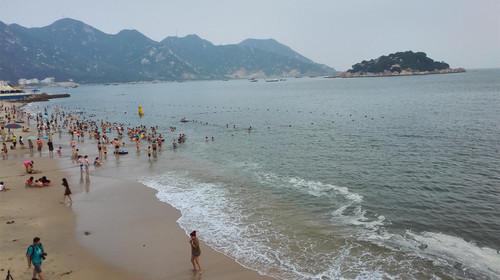 白海豚浪漫沙滩