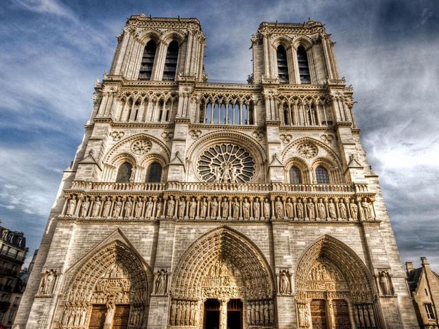 <法国巴黎-里昂-尼斯7晚9日自助游>法国深度游玩,含全程7晚酒店,优选航班