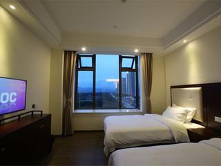 <惠州-惠东双月湾沙滩直通车3日游>住海角一号酒店海景双床房,自由畅玩双月湾