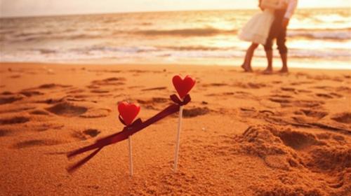 情人沙滩2.png