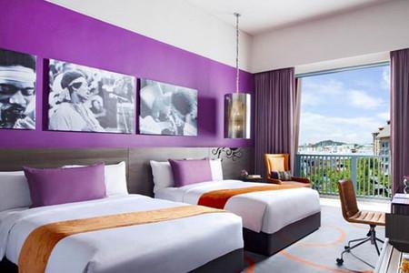 qq餐厅紫色豪华装修