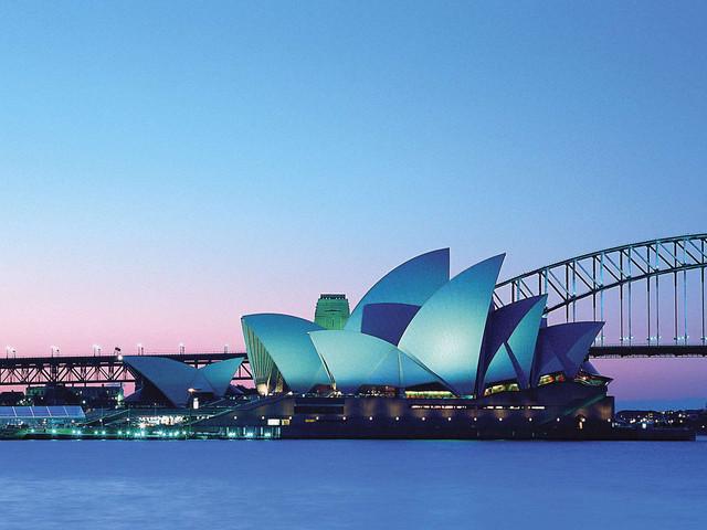 <澳大利亚悉尼+墨尔本+凯恩斯+黄金海岸7晚8天全航空游>东海岸4城全景当地游