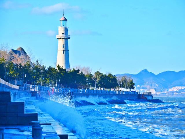 酒店免费接送,深度游览崂山,蓬莱阁,刘公岛等特色景点
