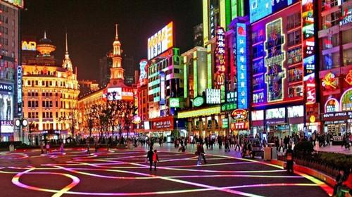 南京-无锡-苏州-杭州-上海双高5日游>美食之旅 南京秦淮风味小吃