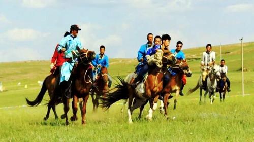 日游>赠送三个景点骑马图片