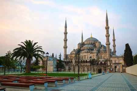 [春节]<土耳其+欧洲希腊15日游>四五星,圣岛,蓝色清真寺,特洛伊古城,托普卡普宫,洞穴酒店,棉花堡温泉酒店,特色餐