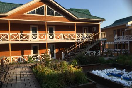 利斯特维扬卡(十字沟木屋别墅)或同等级酒店 奥利洪岛(贝加尔湖汉酒店