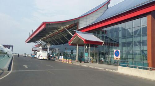 时间我们将提前2个小时将您送达昆明长水机场,昆明乘飞机抵达丽江机场
