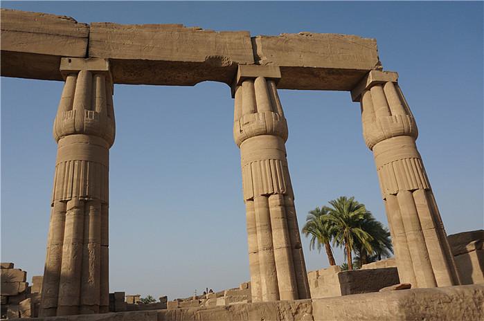 行走在史前文明的宝库中--埃及游记