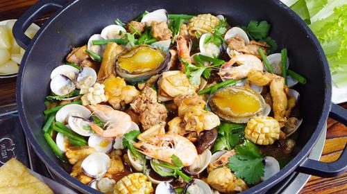 鲍鱼鸡虾蟹宴
