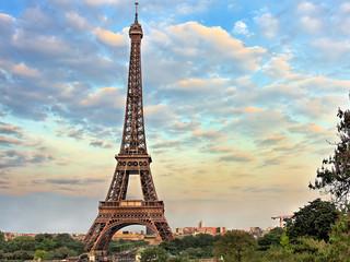 <欧洲德法瑞意12日游>深圳出发 慕尼黑谷物市场 卢浮宫入内 圣彼得大教堂 巴黎自由活动时间充足