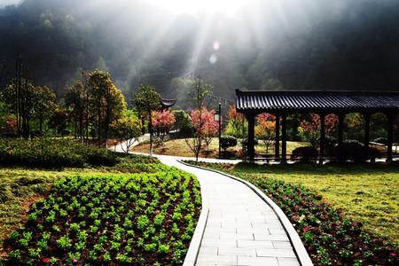 [春节]<磐安3日游>磐安夹溪十八涡舞龙峡龙穿峡乌石村农家含2早4正餐