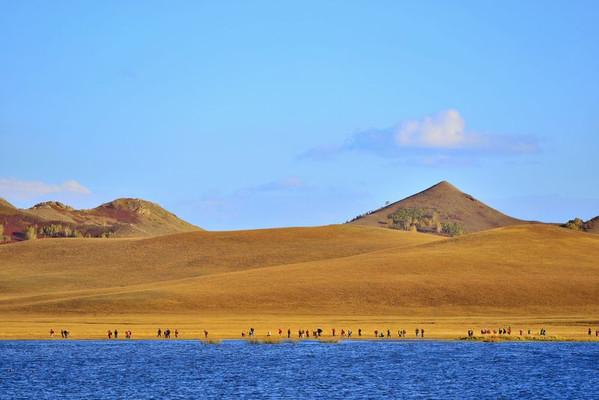 九月去赤峰旅游必备物品_九月去赤峰旅游景点推荐_九月去赤峰旅游美食