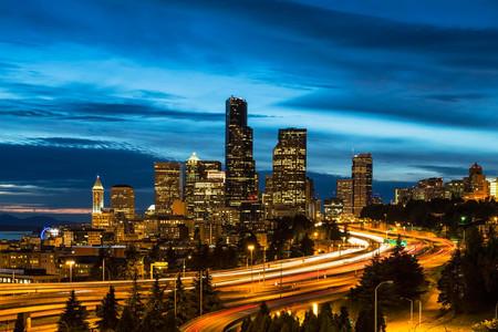 <美国西雅图-阿拉斯加9-11日游>珍娜温泉极光之旅,陆路跨越北极圈追踪北极光,在这个极光爆发的季节用不同的方式探寻极光