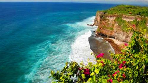 巴厘岛机票 当地7日游>狮子航空,成都直飞往返,含海神庙,乌布皇宫,lv